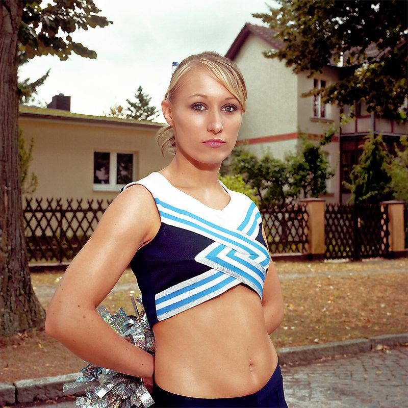 Cheerleader-2-by-Arne-Siemeit.jpg